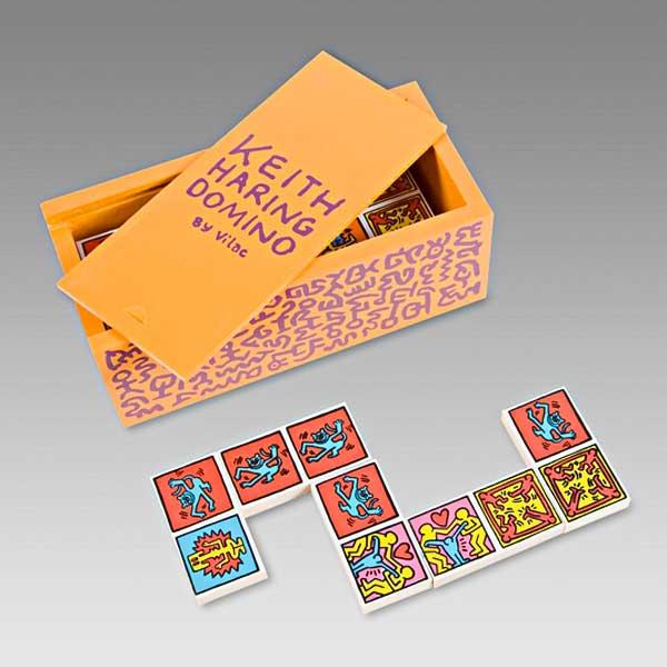 keith-haring-domino-set