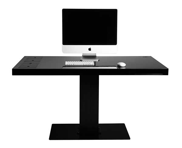 Milk_Black_desk