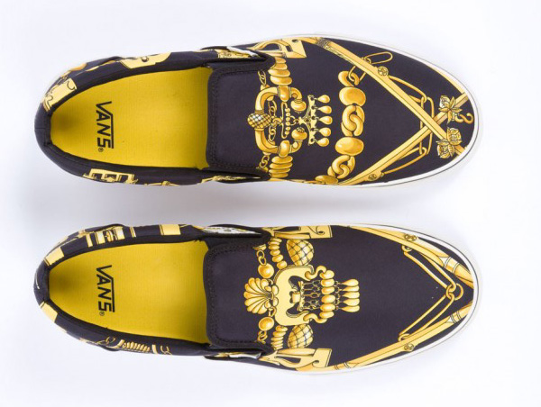 hermes saddle cover - Vans x Herm��s Silk Scarf Slip-Ons | Lost In A Supermarket