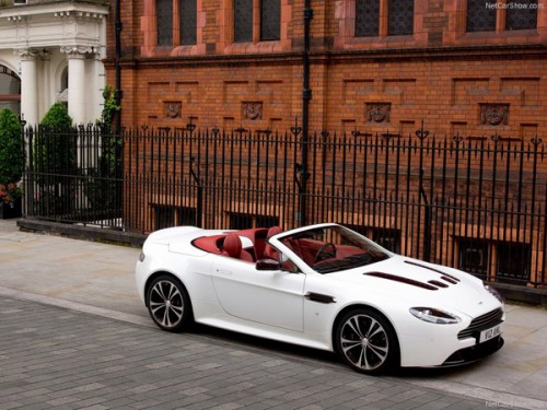 2013_aston_martin_v12_roadster_22