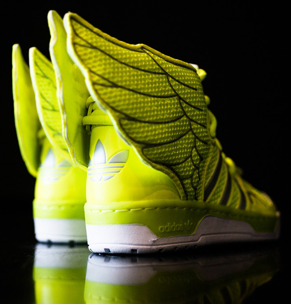 nike air max lebron 7 taille 13 - Adidas Originals by Jeremy Scott \u201cElectric\u201d Mesh Wings 2.0 High ...