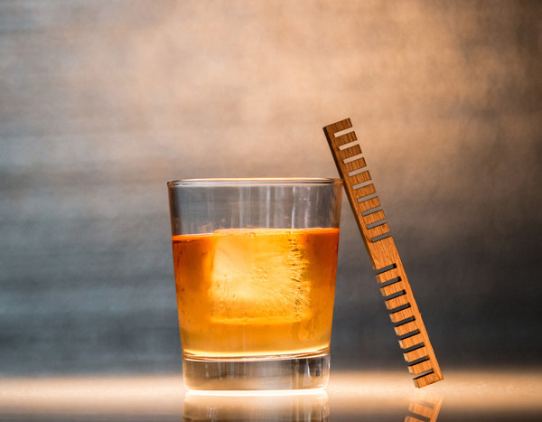 time-oak-whisky-stick