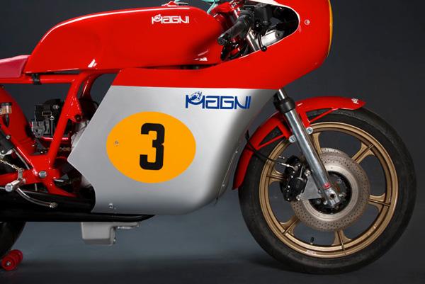 Magni-Fillo-Rosso-retro-motorcycle4