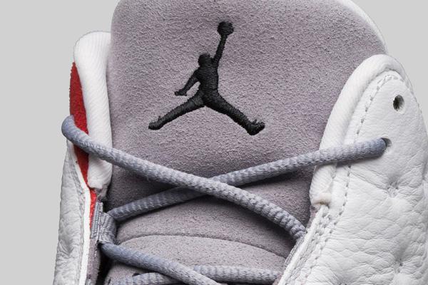 grey-toe-jordan-13-07-570x400